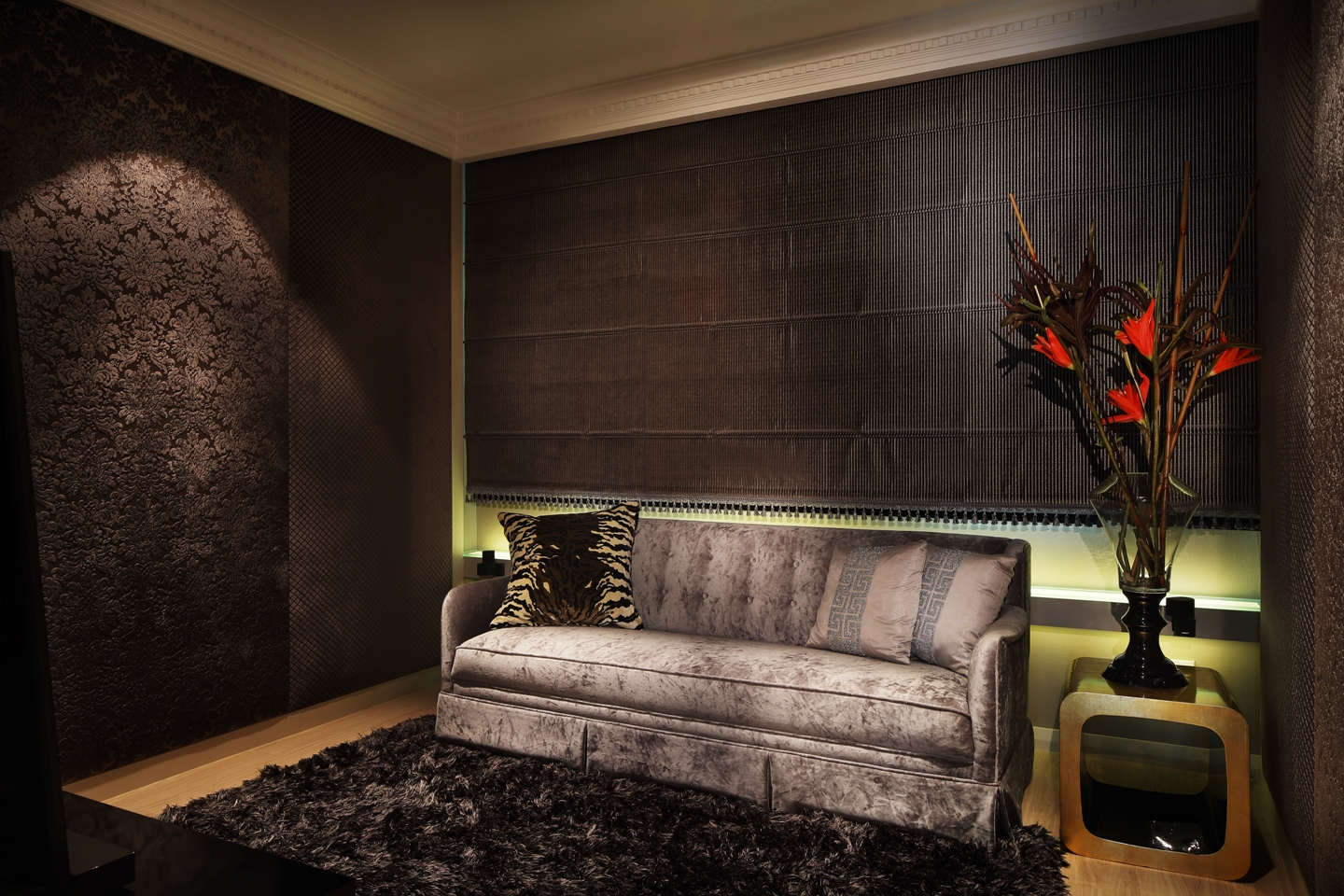 Entertainment room - roman blinds fully drawn_